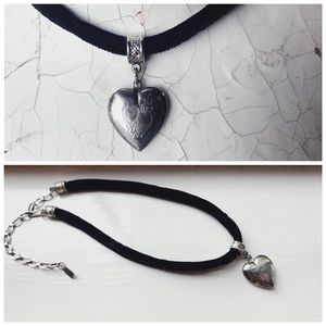 Vintage 90s Black Velvet Choker Heart Locket